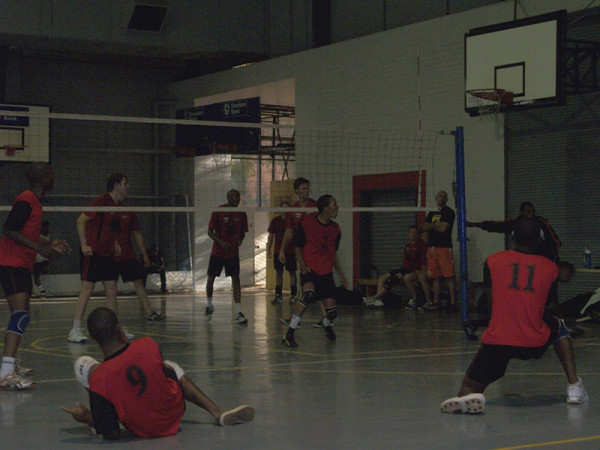 Wits men digging deep against Quantum on Saturday afternoon's  opening matches for the Gauteng Volleyball Union League.