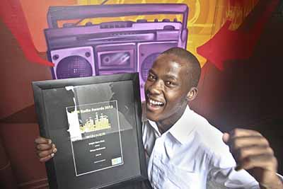 BIG SOUNDWAVES: Tshepo Makhubela (aka DJ Thirteen) of VoW FM, is the winer if the Bright Star MTN Radio Award. Article on page 4 Photo: Shandukani Mulaudzi