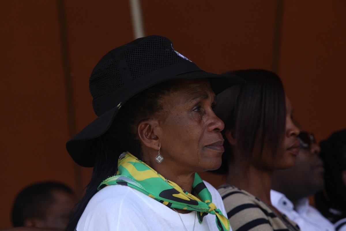 WITH GALLERY: Qunu residents mourn in many ways