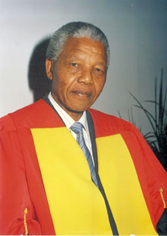 Nelson Mandela received an honorary doctorate from Wits University. Pic: Wits University.