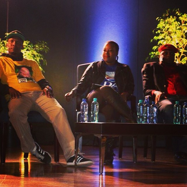 @WitsVuvuzela: #BonsileModise of the #ANC, #MbaliNtuli of the #DA and #FloydShivambu of the #EFF on the #WitsGreatDebate panel.