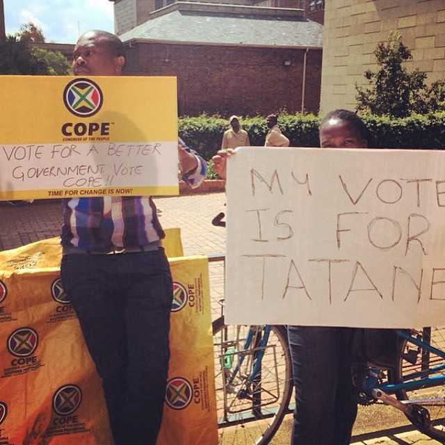 #COPE supporters join the protest  against the #NoVote campaign launch at #wits this afternoon.