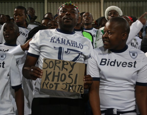 STALEMATE: Bidvest Wits and Kaizer Chiefs play out to a 0-0 draw, denting both their title hopes. Photo:Nqobile Dludla