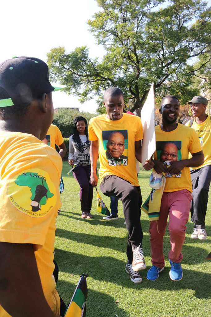 On Wednesday a small group of ANC supporters rallied behind their party by dancing near the Old Mutual Sports Hall where the Wits voting station was. The singing was so loud that potential voters heard them while standing in line to vote. Photo: Luke Matthews