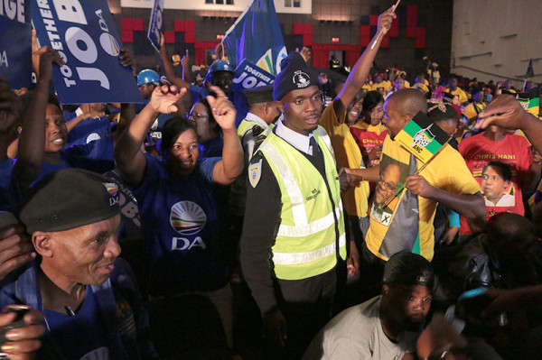 CONFLICT ARISING: Wits security had to step in when ANC and DA  supporters faced off.