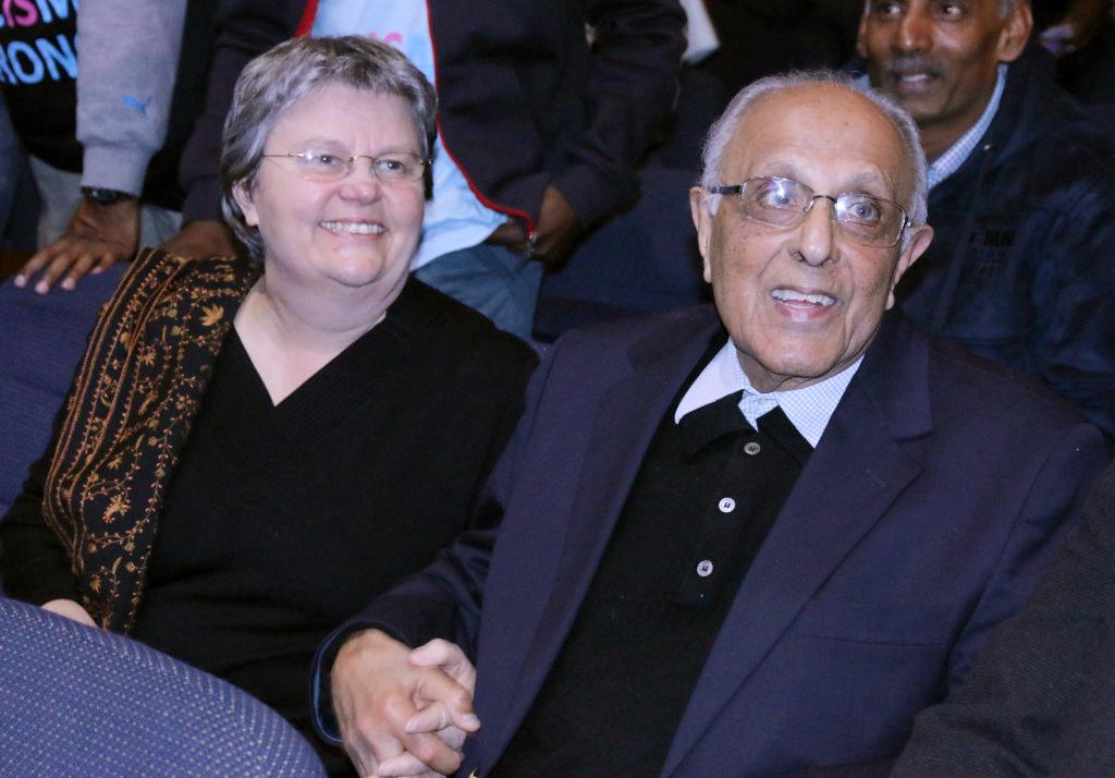 Ahmed Kathrada turns 85 and celebrates at Wits University