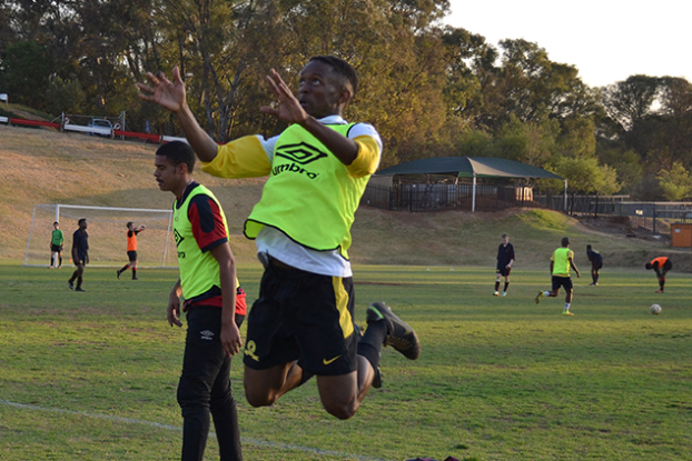 HECTIC HEADER: During soccer practice at Diggs fields on Tuesday, Wits team captain Tebogo Digoamaje said he is confident in his team's performance for their upcoming semi-final match against Tuks in the USSA Gauteng League, where a top three spot will get them to nationals.    Photo: Lameez Omarjee