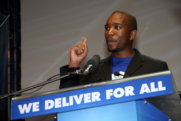 Mmusi Maimane speaking at an event. Photograph: Stock images by The Democratic Alliance [CC BY-SA 2.0 (http://creativecommons.org/licenses/by-sa/2.0)], via Wikimedia Commons