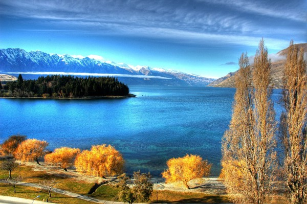 Lake Wakatipu, Queenstown, New Zealand. Photo: Alan Iam.