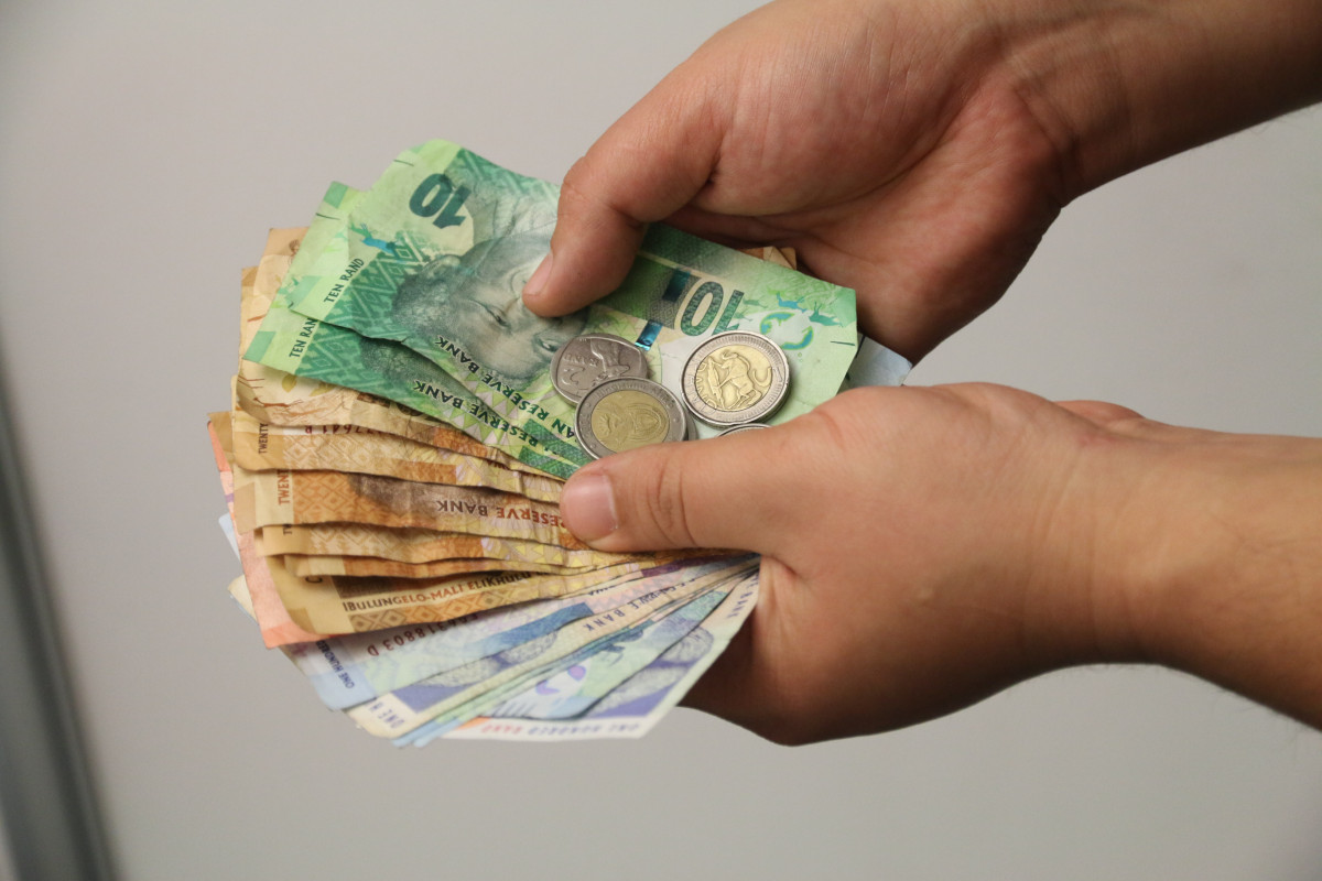 R16-bn for set for fees in budget speech