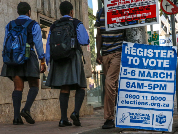 YOUTH REGISTRATION: Campaigns across the country encourgae voters to register for the 2016 municipal government elections this weekend. Photo: Tanisha Heiberg