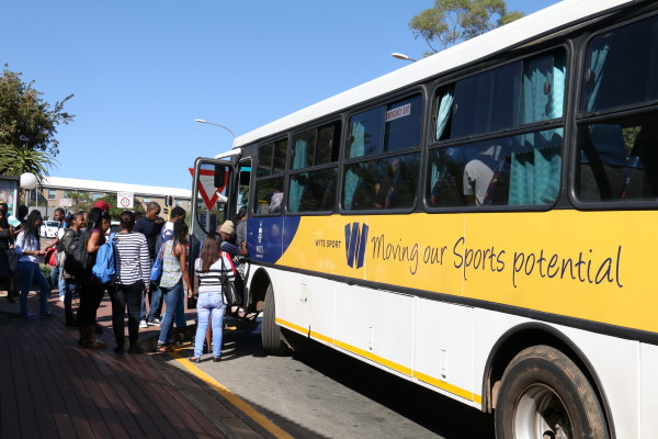 NIGHT BUSES: Wits students who live at home have called for bus services to taxi ranks to ensure their safety, especially when leaving campus late at night . Photo: Aarti Bhana