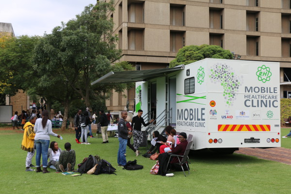 IN DEMAND: Hundreds of students turnout for campus HIV testing campaign Photo: Lwandile Fikeni