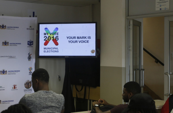 My vote 2016: Wits students in attendance of the Voter Education Dialogue at FNB Annex Building.