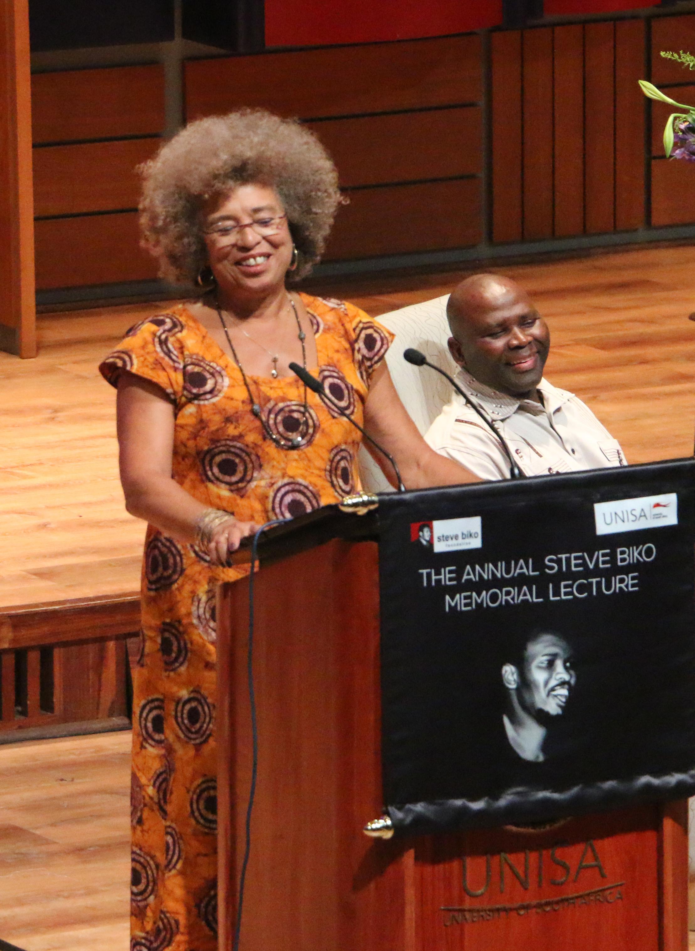 Professor Angela Davis hails Pretoria High School's Zulaikha Patel