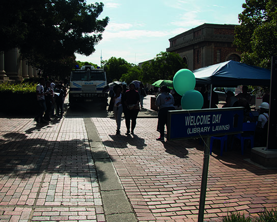 CAUTIOUS WELCOME: Police presence on campus during the Wits O-Week. Photo:Lwandile Fikeni