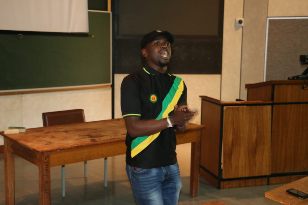 Hlaudi Motsoeneng a no show at SASCO Save-a-Degree talk
