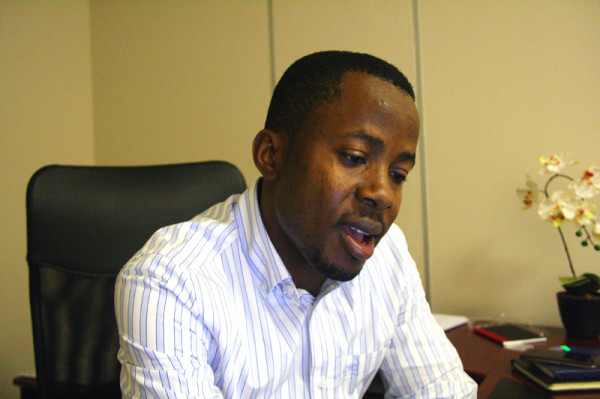 TOP GUN:  Motivational speaker Braimoh Bello says African children must take control of their futures. Photo: Mfuneko Toyana