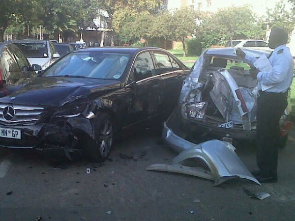 CRASH SCENE: Campus control assess the scene of the accident earlier today. Photo: Wits Vuvuzela.