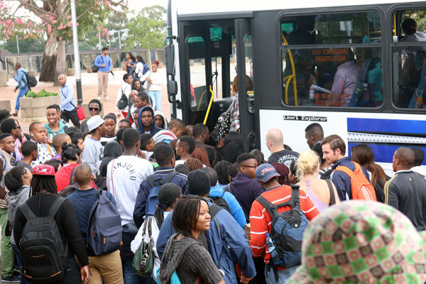MARCHING AHEAD: Witsies filling up the bus to secure their seats. Photo: Anelisa