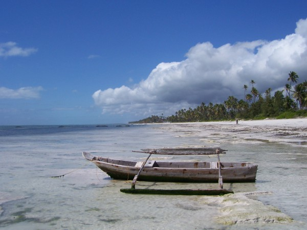 Bwejuu Beach, Zanzibar. Photo: Chris Huh